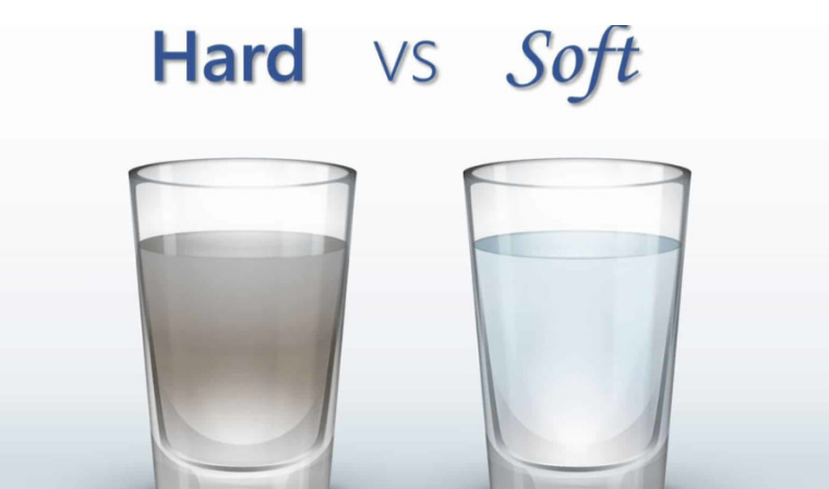Image of hard water and soft water to show that it matters how much laundry detergent to use